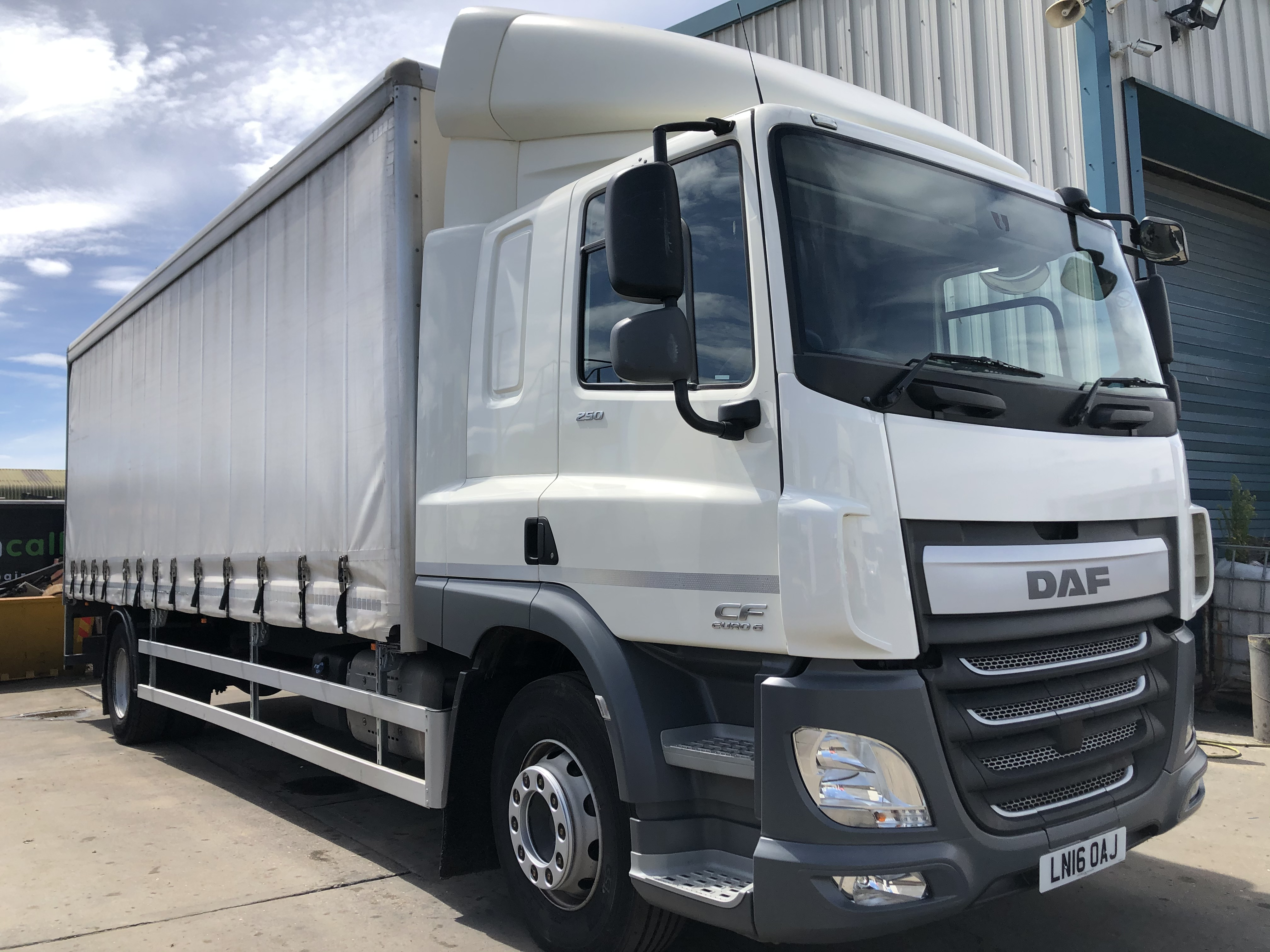 DAF CF250 FA DAF CF250 FA Sleeper - Curtain (2016)
